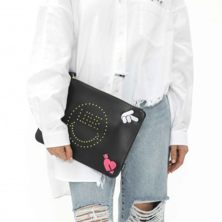 Smiley World Rivets Smiley Face Clutch