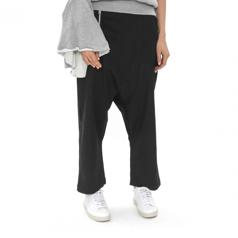 Enzuvan 3/4 Pants with Zip Detail