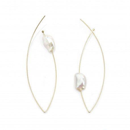 Vi.Ve Leaves Classic Pearl Earrings